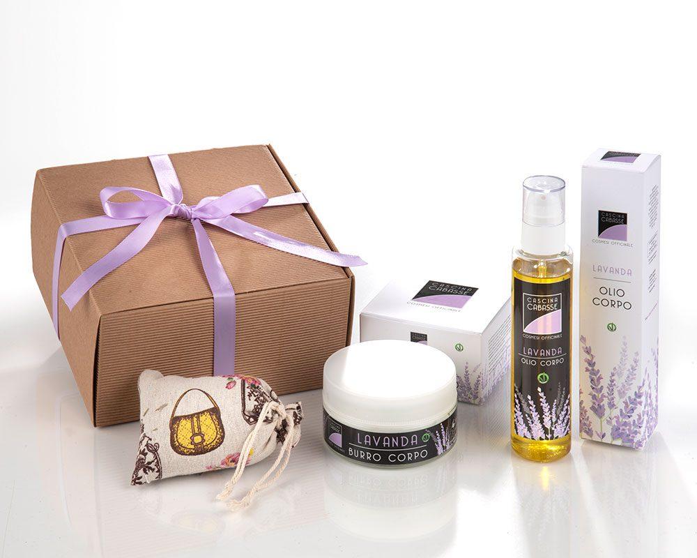 Confezione regalo con cosmetici alla lavanda